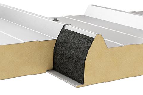 Płyta warstwowa dachowa z rdzeniem poliuretanowym/poliizocyjanurowym